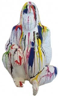 Casa Padrino Designer Deko Skulptur Gorilla Affe Weiß / Mehrfarbig H. 110 cm - Deko Tierfigur - Wetterbeständige Gartendekofigur