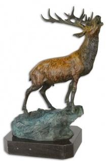 Casa Padrino Luxus Bronzefigur Hirsch auf Felsen Bronze / Blau / Schwarz 26, 3 x 18, 3 x H. 37, 8 cm - Bronze Skulptur mit Marmorsockel
