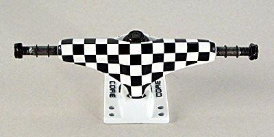 Core Skateboard Achsen Set 5.0 checkered/weiß (2 Achsen)