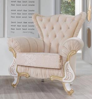 Casa Padrino Barock Sessel Beige / Weiß / Gold 97 x 85 x H. 105 cm - Edler Wohnzimmer Sessel mit Glitzersteinen - Wohnzimmer Möbel im Barockstil
