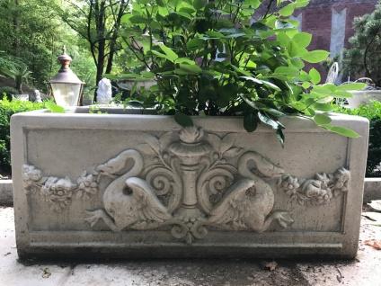Casa Padrino Barock Blumenkübel Antik Stil 36 x 81 x H. 43 cm - eckiges Blumengefäß im Barockstil - Blumenkübel - Pflanzkübel Jugendstil