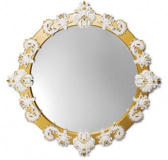 Casa Padrino Designer Wandspiegel Gold / Weiß Ø 124 cm - Luxus Spiegel mit handgefertigter Porzellan Deko aus feinstem Spanischen Porzellan - Vorschau