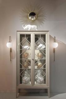 Casa Padrino Luxus Vitrine Hellgrau 110 x 42 x H. 220 cm - Edler Massivholz Vitrinenschrank mit 2 Glastüren - Luxus Wohnzimmer Möbel