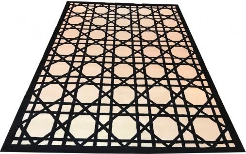 Casa Padrino Luxus Teppich aus Neuseeland Wolle Schwarz / Weiss 170 x 240 cm - Handgetufteter Wohnzimmerteppich