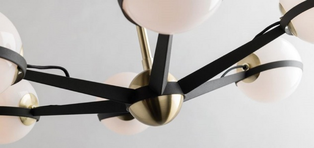 Casa Padrino Luxus LED Kronleuchter Bronze / Messing / Weiß Ø 95, 9 x H. 22, 9 cm - Kronleuchter mit kugelförmigen Lampenschirmen - Luxus Qualität - Vorschau 2