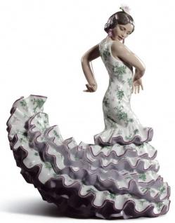 Casa Padrino Luxus Porzellan Skulptur Flamenco Frau Mehrfarbig 27 x H. 47 cm - Handgefertigte Luxus Deko Figur - Limitierte Ausgabe
