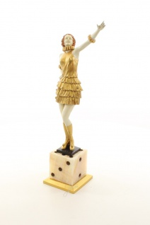 Bronze Skulptur Lady in Gold auf Würfel - Luxus Home Deko von Casa Padrino