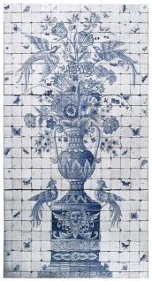 Casa Padrino Luxus Barock Deko Wandgemälde Vase mit Blumen und Vögel Weiß / Grau / Blau 155 x H. 280 cm - Handgefertigte & Handbemalte Naturstein Mosaik Fliesen - Barock Wanddeko
