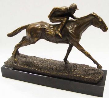 Casa Padrino Luxus Bronze Skulptur Jockey mit Pferd Bronze / Gold / Schwarz 29 x 7, 9 x H. 21, 4 cm - Dekofigur