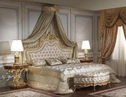 Casa Padrino Luxus Barock Schlafzimmer Set - 1 Doppelbett mit Kopfteil & 1 Baldachin & 2 Nachttische & 1 Sitzbank - Barock Schlafzimmer Möbel - Barock Hotel Möbel - Edel & Prunkvoll