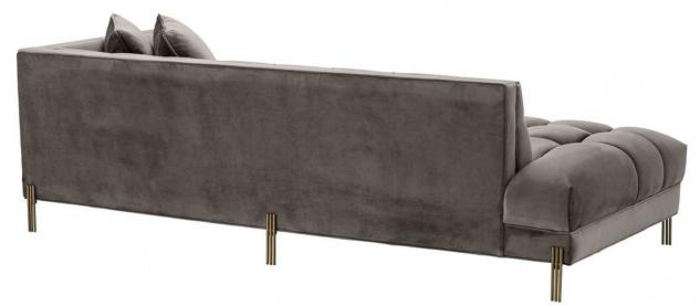 Casa Padrino Luxus Lounge Sofa Grau / Messingfarben 223 x 95 x H. 68 cm - Rechtsseitiges Wohnzimmer Sofa mit edlem Samtsoff und 2 Kissen - Vorschau 4