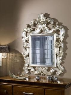 Casa Padrino Luxus Barock Wandspiegel Silber 86 x 8 x H. 114 cm - Prunkvoller Antik Stil Spiegel mit wunderschönen Verzierungen - Luxus Qualität - Made in Italy - Vorschau 3