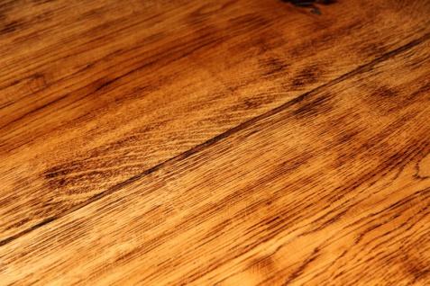 Rustikaler Eichen Esstisch 200 x 115 cm - Massiv und Schwer von Casa Padrino - Gasthaus Tisch Speisetisch Ritter Tisch - Restaurant Möbel - Vorschau 3