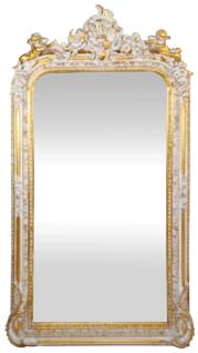 Casa Padrino Barock Wandspiegel Antik Weiß / Gold 85 x H. 160 cm - Prunkvoller Barock Spiegel mit wunderschönen Verzierungen und dekorativen Engelsfiguren
