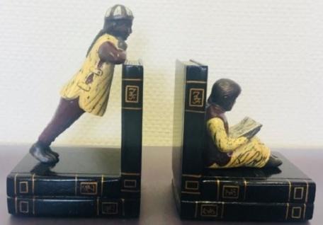 Casa Padrino Luxus Buchstützen Set Chinesische Männer Mehrfarbig 23 x 14 x H. 11 cm - Bronzefiguren auf dekorativen Holzbüchern