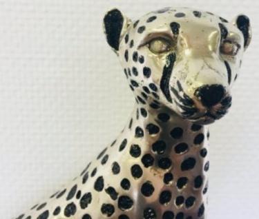 Casa Padrino Luxus Bronzefigur Silber / Schwarz 37 x 15 x H. 40 cm - Sitzender Gepard mit Marmorsockel - Vorschau 4