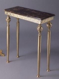 Casa Padrino Luxus Barock Konsole Gold / Schwarz 64 x 31 x H. 80 cm - Edler Messing Konsolentisch mit Marmorplatte - Barock Möbel