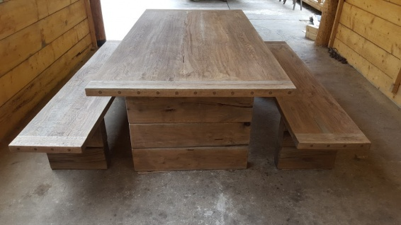 Casa Padrino Gartenmöbel Set Rustikal - Tisch + 2 Garten Bänke (Länge 200 cm) - Eiche Massivholz - Echtholz Möbel Massiv