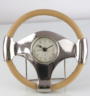 Casa Padrino Vintage Style Tischuhr mit Leder Lenkrad Messing vernickelt 26 x 6, 5 cm - Luxus Uhr
