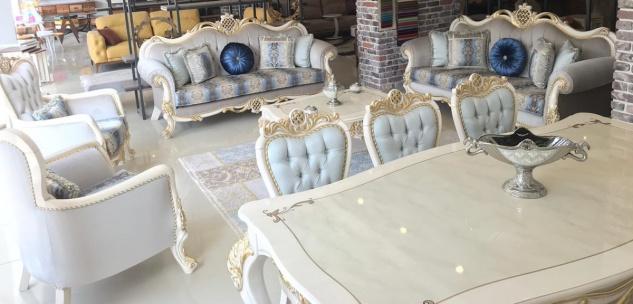 Casa Padrino Luxus Barock Wohnzimmer Set Grau / Blau / Weiß / Gold - 2 Sofas & 2 Sessel & 1 Couchtisch - Wohnzimmer Möbel im Barockstil - Edel & Prunkvoll