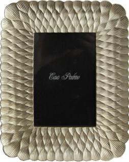 Casa Padrino Designer Bilderrahmen Hell Gold Antik Stil 19 x 24 cm - Bilder Rahmen Foto Rahmen