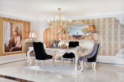 Casa Padrino Luxus Barock Esszimmer Set Blau / Weiß / Gold - 1 Esstisch & 6 Esszimmerstühle - Prunkvolle Esszimmermöbel im Barockstil - Luxus Qualität - Vorschau 2