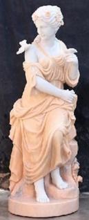 Casa Padrino Jugendstil Marmor Deko Skulptur sitzende Dame Weiß / Beige 50 x 50 x H. 130 cm - Gartendeko Statue - Terrassen Deko Figur