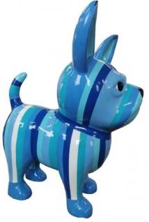 Casa Padrino Designer Dekofigur Chihuahua Hund Blau / Weiß H. 55 cm - Wetterbeständige Deko Skulptur - Wohnzimmer Deko - Garten Deko - Designer Deko Tierfigur