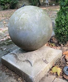 Casa Padrino Kanonenkugel auf Ständer Antik Grau - Schwere Ausführung - Garten Dekoration