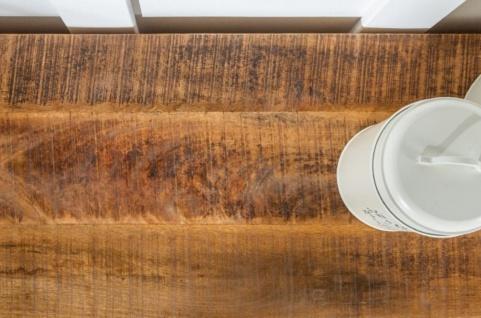 Casa Padrino Landhausstil Sideboard Weiß / Naturfarben 160 x 40 x H. 90 cm - Massivholz Schrank mit 3 Türen und 3 Schubladen - Wohnzimmer Möbel im Landhausstil - Vorschau 5