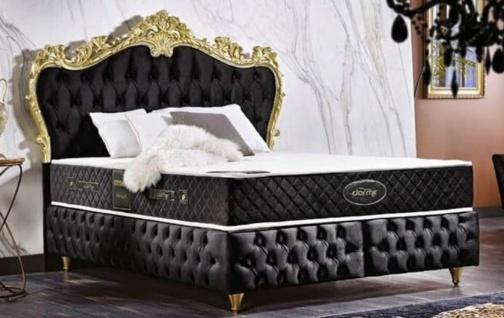 Casa Padrino Barock Doppelbett Schwarz / Gold - Prunkvolles Samt Bett mit Matratze - Komplett Set - Barock Schlafzimmer Möbel