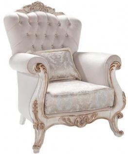 Casa Padrino Luxus Barock Wohnzimmer Sessel mit Kissen Hellgrau / Weiß / Antik Bronze 95 x 75 x H. 120 cm - Möbel im Barockstil