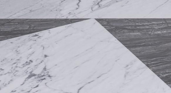 Casa Padrino Luxus Couchtisch Schwarz / Weiß 90 x 90 x H. 42 cm - Moderner 8-eckiger Wohnzimmertisch mit Carrara Marmorplatte - Wohnzimmer Möbel - Vorschau 3