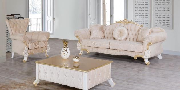 Casa Padrino Barock Wohnzimmer Set Beige / Weiß / Gold - 2 Sofas & 2 Sessel & 1 Couchtisch - Wohnzimmer Möbel im Barockstil - Edle Barock Möbel
