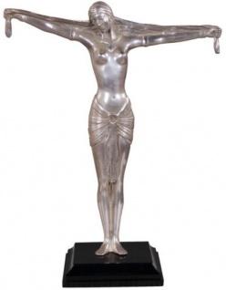 Casa Padrino Luxus Bronzefigur Lady Silber / Braun 41 x 19 x H. 53 cm - Deko Figur auf Holzsockel