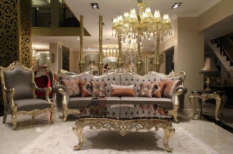 Casa Padrino Luxus Barock Wohnzimmer Set Grau / Dunkelbraun / Gold - 2 Sofas & 2 Sessel & 1 Couchtisch & 2 Beistelltische - Wohnzimmer Möbel im Barockstil - Edel & Prunkvoll