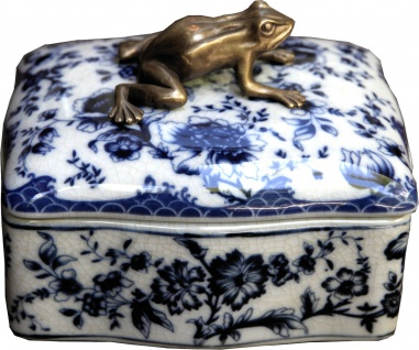 Casa Padrino Barock Schmuckkasten mit Deckel Blau Weiß Antik Stil mit Messing Frosch 13.5 x 11 x H. 10.5 cm - Porzellan Deko im Barockstil Schmuck Schatulle
