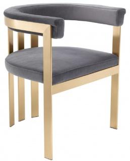 Casa Padrino Luxus Esszimmerstuhl mit Armlehnen Grau / Messingfarben 61 x 56 x H. 73 cm - Edelstahl Küchenstuhl mit edlem Samtstoff - Luxus Küchenmöbel - Vorschau 2