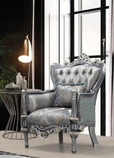 Casa Padrino Luxus Barock Sessel Silber / Türkis / Gold 83 x 80 x H. 120 cm - Prunkvoller Massivholz Wohnzimmer Sessel mit elegantem Muster und dekorativem Kissen - Barock Wohnzimmer Möbel