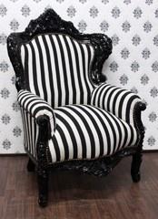 Barock Sessel King Schwarz/Weiß Streifen / Schwarz - Möbel Antik Stil - Limitiertes Sondermodell