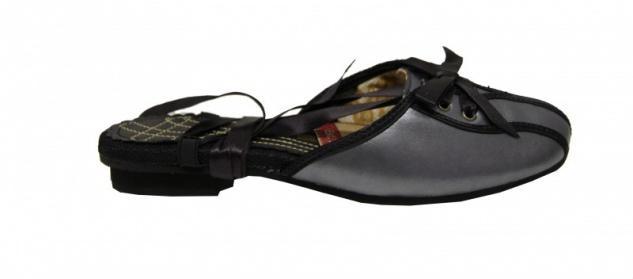 Onitsuka Tiger Ensemble 59 Womens Slip On Shoe Black/Black
