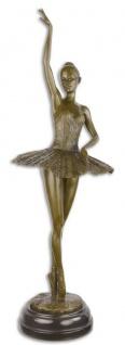 Casa Padrino Luxus Bronze Skulptur mit Marmorsockel Ballerina Bronze / Schwarz 22 x 20, 4 x H. 66, 5 cm - Bronzefigur - Dekofigur - Deko Accessoires