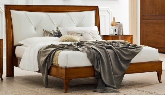 Casa Padrino Luxus Biedermeier Doppelbett Braun / Weiß 188 x 219 x H. 128 cm - Massivholz Bett mit Echtleder Kopfteil - Schlafzimmer Möbel - Luxus Qualität