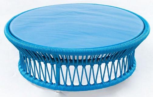 Casa Padrino Luxus Gartentisch Blau Ø 100 x H. 34 cm - Handgewebter wetterbeständiger Couchtisch mit Glasplatte - Garten Terrassen Tisch Möbel - Luxus Kollektion