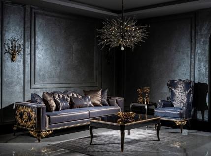 Casa Padrino Luxus Barock Wohnzimmer Set Blau / Schwarz / Gold - 2 Sofas & 2 Sessel & 1 Couchtisch - Wohnzimmer Möbel im Barockstil - Edel & Prunkvoll