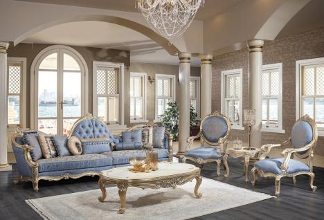 Casa Padrino Luxus Barock Wohnzimmer Set Hellblau / Weiß / Antik Gold - 2 Sofas & 2 Sessel & 1 Couchtisch & 2 Beistelltische - Barock Wohnzimmer Möbel - Edel & Prunkvoll