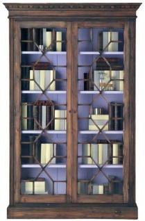 Casa Padrino Luxus Landhausstil Bücherschrank Braun / Lila 138 x 42 x H. 214 cm - Handgefertigter Massivholz Schrank mit 2 Glastüren - Vitrine - Vitrinenschrank - Edle Landhausstil Massivholz Möbel