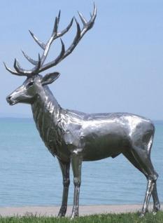 Casa Padrino Luxus Gartendeko Hirsch Skulptur Silber 175 x 100 x H. 208 cm - Edelstahl Gartendeko Figur - Wetterbeständige Gartenfigur