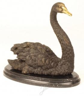 Casa Padrino Luxus Bronzefigur Schwan mit Marmorsockel Grau / Gold / Schwarz 32, 6 x 16, 3 x H. 31 cm - Dekofigur