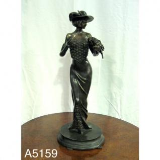 Casa Padrino Luxus Bronzefigur Elegante Frau mit Papagei - Bronze Figur Büste